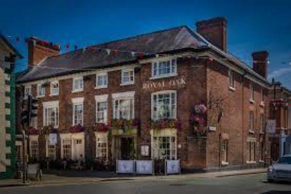 Royal Oak Hotel Welshpool